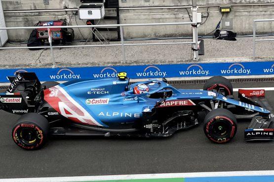 Az Alpine-Renault F1 csapata Esteban Ocon révén elsőként ért célba és egy negyedik helyet is szerzett a Formula-1 Magyar Nagydíjon